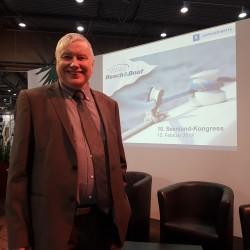 Peter Wolff während der 10. Seeenland-Konferenz während der Beach & Boat auf dem Leipziger Messegelände.