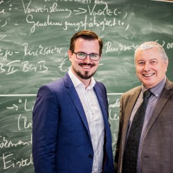 Dr. Boris Nikolai Konrad trifft Peter Wolff an der Hochschule Fulda zum Interview.